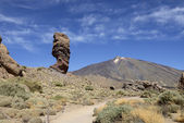Cinchado rock and Teide volcano peak in national park, Tenerife. — Stock Photo
