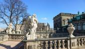 Balustrade with sculptures on terrace of Zwinger, Dresden, Saxon — Stock Photo
