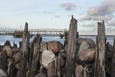 Vågbrytare på östersjön — Stockfoto