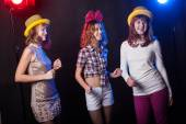 Teenage girls having fun and dancing — Stock Photo