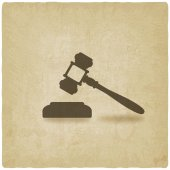 Judge or auctioneer hammer — Stock Vector