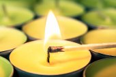 Lighting a candle — Stock Photo