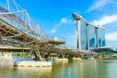 Singapore-juni 24: de marina bay sands resort hotel in singapor — Stockfoto