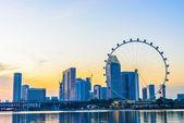 Singapore flyer is de grootste gigantische reuzenrad in de wereld — Stockfoto