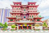 Buddha tooth temple in singapore — Stock Photo