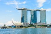 The Marina Bay Sands Resort Hotel in Singapore — Stock Photo