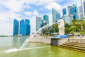 Singapura - 22 de junho de 2014: vista de cingapura merlion em marina b — Fotografia Stock