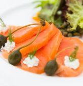 Salade de saumon fumé — Photo