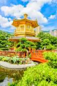 Guld kinesiska paviljongen — Stockfoto