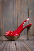 Röd klacksko — Stockfoto