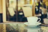 Coffee mug in cafe — Stock Photo