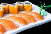 Delicious japanese sushi rolls — Stock fotografie