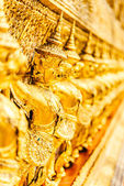 Statue in Wat Phra Kaew — Stock Photo