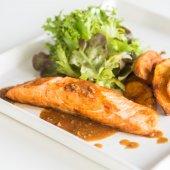 Grilled Fillet Salmon steak — Stock fotografie