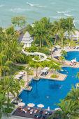 Hotel pool at luxury resort — Stock Photo