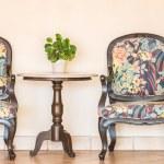Vintage empty chair — Stock Photo #70962415