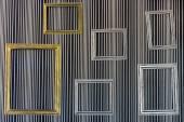 рамы на стене — Стоковое фото
