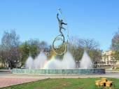 "Fountain ""Into Space"" in Yoshkar-Ola, Russia — Stock Photo"