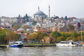 View of Yavuz Selim Mosque and church of Saint Theodosia in Ista — Stock Photo