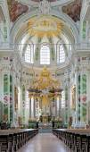 Altar of Jesuit Church in Mannheim, Germany — 图库照片