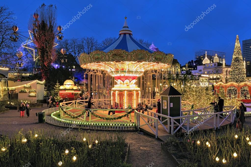 Carrusel y navidad las decoraciones en los jardines de for Jardin tivoli