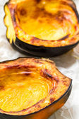Baked acorn squash — Stock Photo
