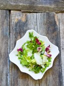 Salad mix on a plate — Stock fotografie