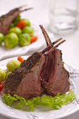 Lamb chops with vegetables — Stock Photo