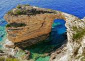 Arch rock on the Greek island of Paxos — Stock Photo