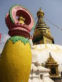 Buddhist stupa — Stock Photo