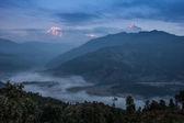 Sunrise in annapurna range (himalaya) from a small village Nepal — Stock Photo