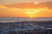 Portugal, Europe - Viewpoint of Lisbon downtown at sunset, with  — Stock Photo