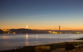 """Lisbon viewpoint from commerce square to the """"25 April Bridge"""" o — Stock Photo"""