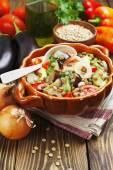 Steamed vegetables and green lentils  — Stockfoto