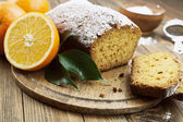 Homemade orange cake — Stock Photo