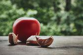 Tomaten und Knoblauch Knoblauchzehen — Stockfoto