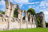 Old cathedral wall in city of York, United Kingdom — Stock Photo