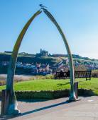 View of The whale bones, Whitby town symbol with abbey in background — Stock Photo