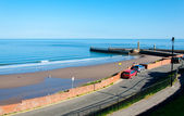 View Of Whitby Beach In A Sunny Autumn Day, UK — Stock Photo