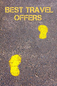 Yellow footsteps on sidewalk towards Best Travel Offers message — Fotografia Stock