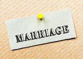 Recycled paper note pinned on cork board.Marriage Message. Concept Image — Stockfoto