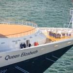 Queen Elizabeth Cruise Ship — Stock Photo #68629953
