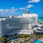 Fontainebleau Resort, Miami, Florida — Stock Photo #71210425