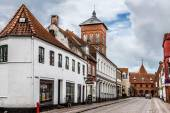 Empty morning street with old houses from royal town Ribe in Den — Stock Photo