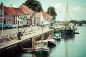 Ribe harbour Skibbroen. Old town and Ribe river,May 3, 2013 — Stock Photo