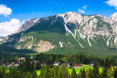 Beautiful Dolomite mountains near Cortina D'Ampezzo ,Pomagagnon — Stock Photo