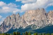 Beautiful Dolomite mountains near Cortina D'Ampezzo ,Pomagagnon — Stock Photo
