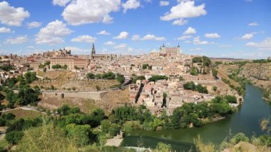View of Toledo With Alcazar On Top,Medieval Town,Spain. — Stock Video