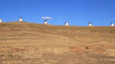 Windmills of Cervantes Don Quixote in Consuegra. Castile La Mancha, Spain, Europe — Vídeo de Stock