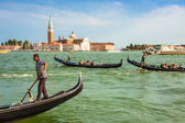 Venice, Italy,August 9, 2013: Traditional Gondola on Canal Grand — Stock Photo